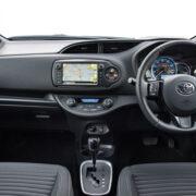 2019-Toyota-Yaris-interior-b